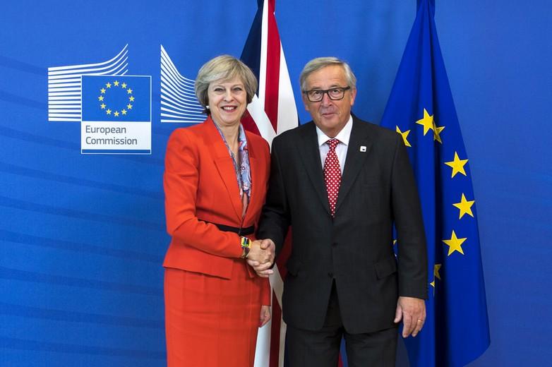 theresa may jean-claude juncker rencontre brexit négociations