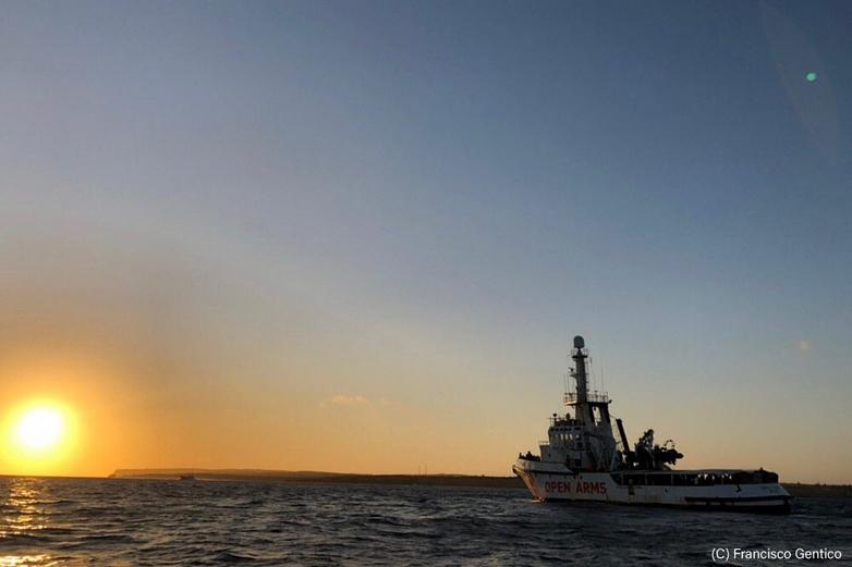 L'Open Arms, au large de Lampedusa