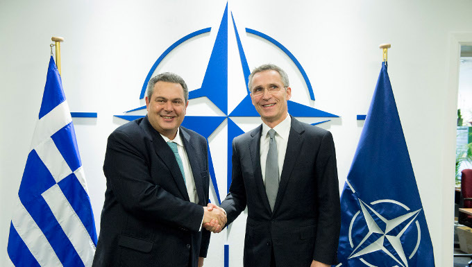 Rencontre du ministre de la Défense grec, M. Kammenos, avec Jens Stoltenberg, Secrétaire général de l'OTAN - 10/02/2016 © OTAN