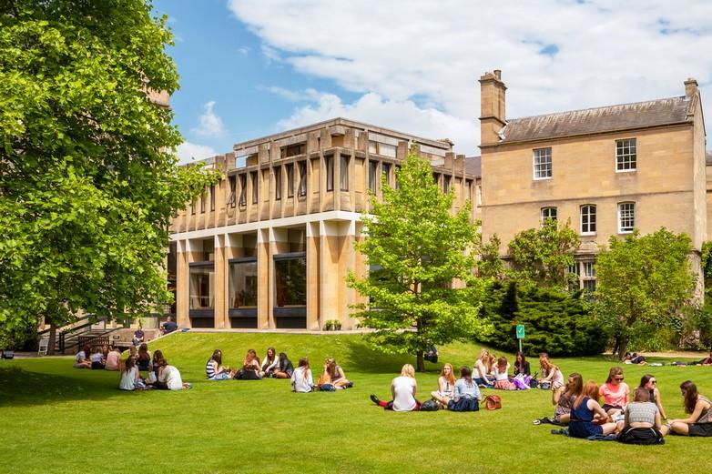 Pourrai-je encore faire un Erasmus+ à Oxford ? - Crédits : Arsty / iStock