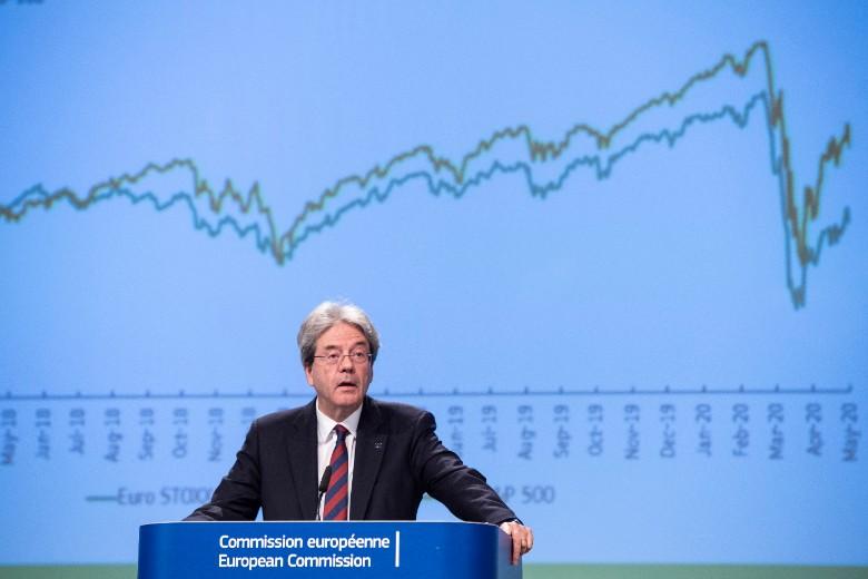 Le commissaire européen à l'Economie, Paolo Gentiloni, a dévoilé mercredi 6 mai des prévisions économiques alarmantes pour l'Union européenne et la zone euro