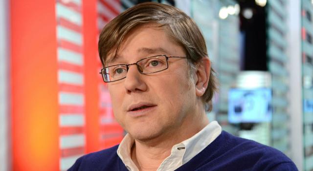 Jean Quatremer sur le plateau de l'émission 28 minutes sur Arte
