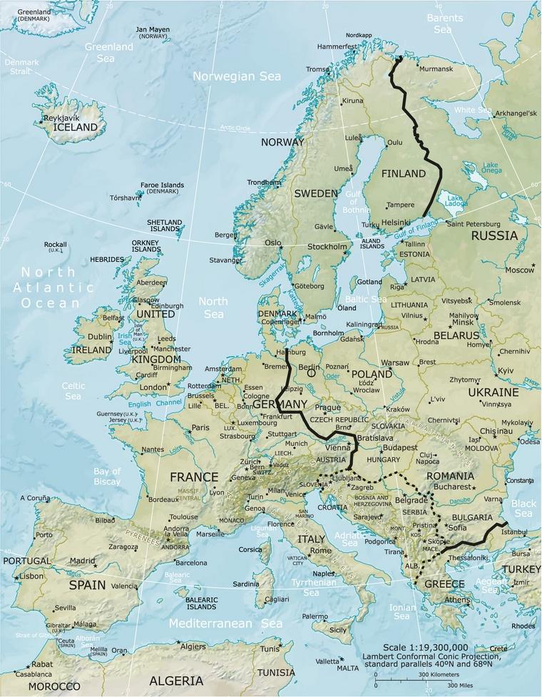 Le rideau de fer, séparant le bloc de l'Est et l'Europe de l'Ouest. La Yougoslavie et l'Albanie étant considérés comme non-alignés pendant la guerre froide, il n'y a pas de consensus par rapport au côté du rideau de fer duquel ils se trouvaient.