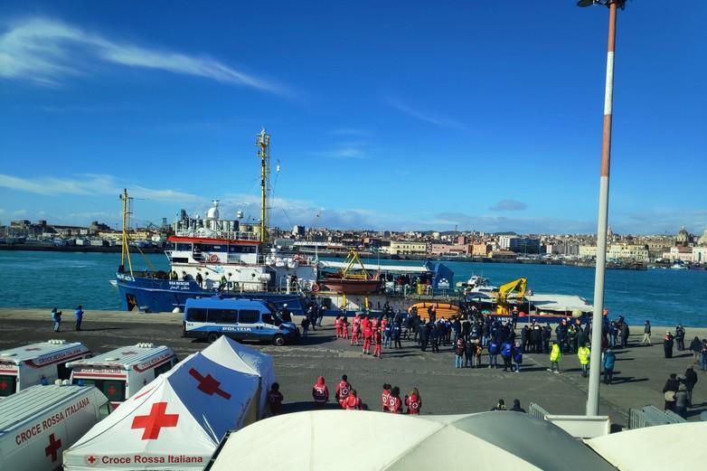 Sea-Watch 3 arrive dans le port de Catane (Sicile), jeudi 31 janvier - Crédits : Sea-Watch / Twitter