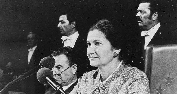Simone Veil présidant la première session du Parlement européen en 1979 - Crédits : Commission européenne
