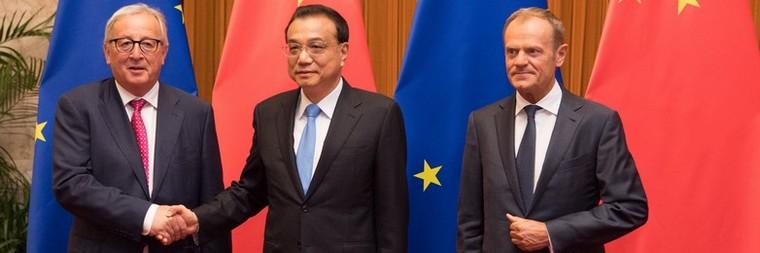 Jean-Claude Juncker, Li Keqiang et Donald Tusk au sommet UE-Chine