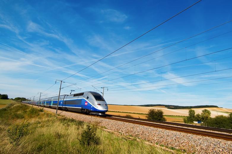 Améliorer le fonctionnement du secteur ferroviaire à l'échelle européenne revêt une importance cruciale dans le cadre de la lutte contre le changement climatique - Crédits : Enzojz / iStock