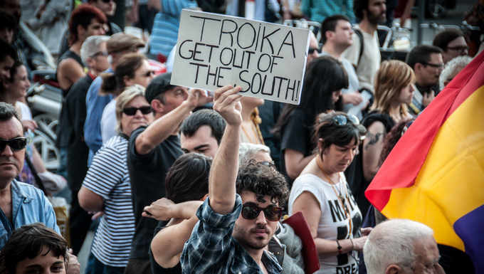 manifestation contre la troika
