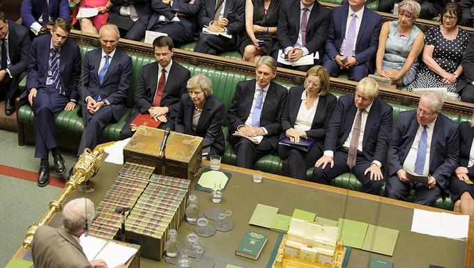 Theresa May au parlement britannique