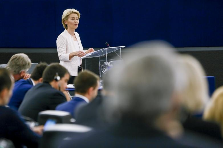 Ursula von der Leyen devant les eurodéputés, le jour du vote