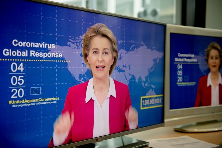 La présidente de la Commission européenne, Ursula von der Leyen, a organisé lundi 4 mai une conférence mondiale afin de lever des fonds pour la recherche d'un vaccin et de traitements contre le Covid-19