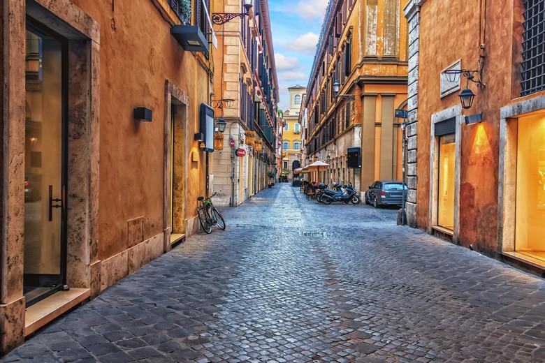 A Rome, les rues sont désertes depuis que le gouvernement italien a ordonné le confinement de la population le 9 mars