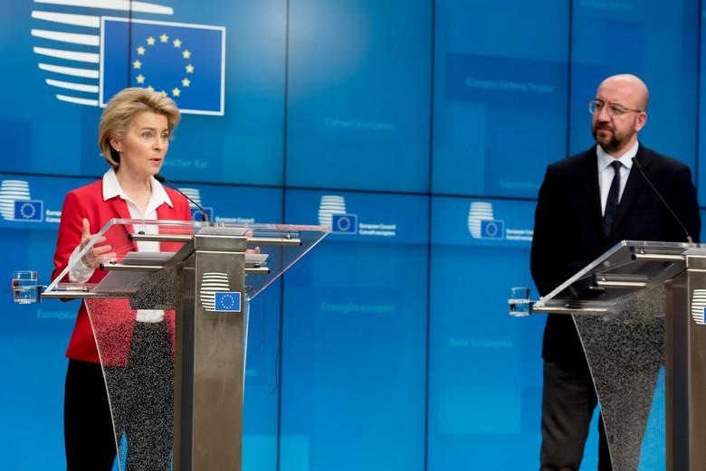 Un Conseil européen dédié à la lutte contre le coronavirus s'est tenu le 17 mars. Ci-dessus, les présidents de la Commission Ursula von der Leyen et du Conseil européen Charles Michel en présentent les conclusions lors d'une conférence de presse