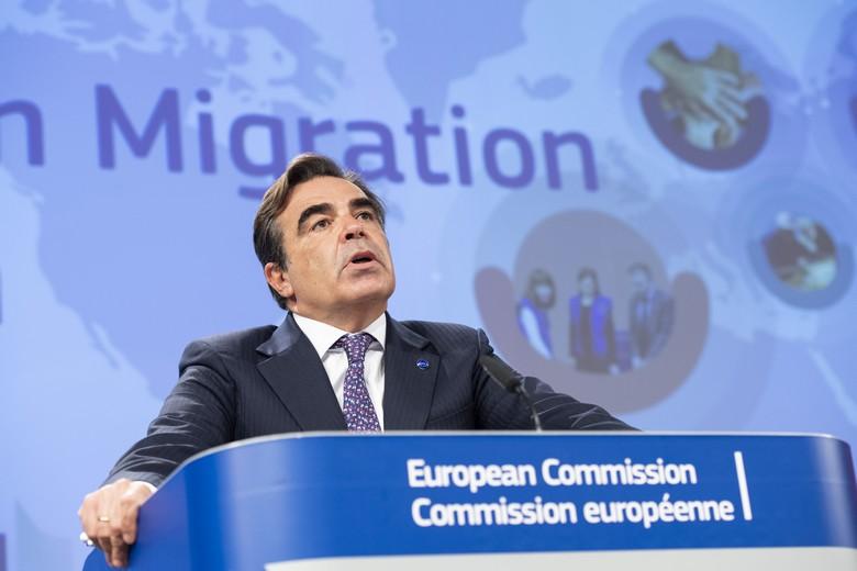 Le vice-président de la Commission en charge des migrations Margaritis Schinas, lors de la conférence de presse de présentation du Pacte sur la migration et l'asile, le 23 septembre 2020 - Crédits : Service audiovisuel / Commission européenne