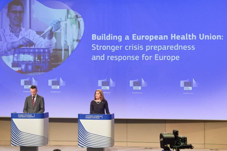 La commissaire européenne en charge de la Santé a présenté mercredi un projet visant à faire un premier pas vers une Union européenne de la santé