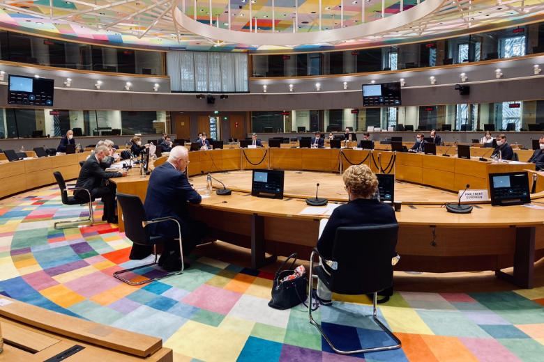 Sous l'arbitrage de la Commission européenne, le Parlement européen et le Conseil de l'UE sont parvenus jeudi 5 novembre à un accord de compromis concernant le mécanisme de conditionnalité du budget de l'UE au respect des valeurs de l'état de droit