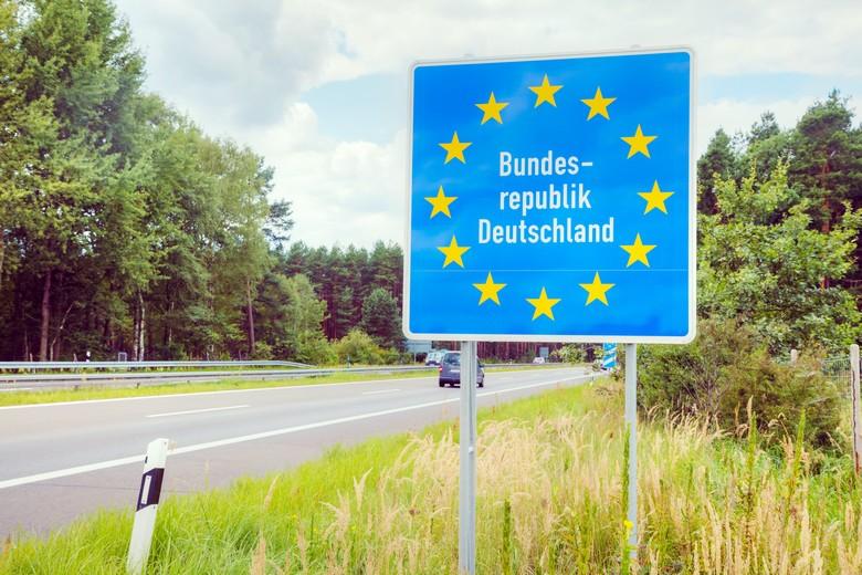 L'annonce faite dimanche 14 février par le gouvernement allemand de la fermeture de ses frontières avec la République tchèque et l'Autriche menace la libre circulation et laisse planer le spectre d'une cacophonie européenne en matière de restrictions de déplacements.