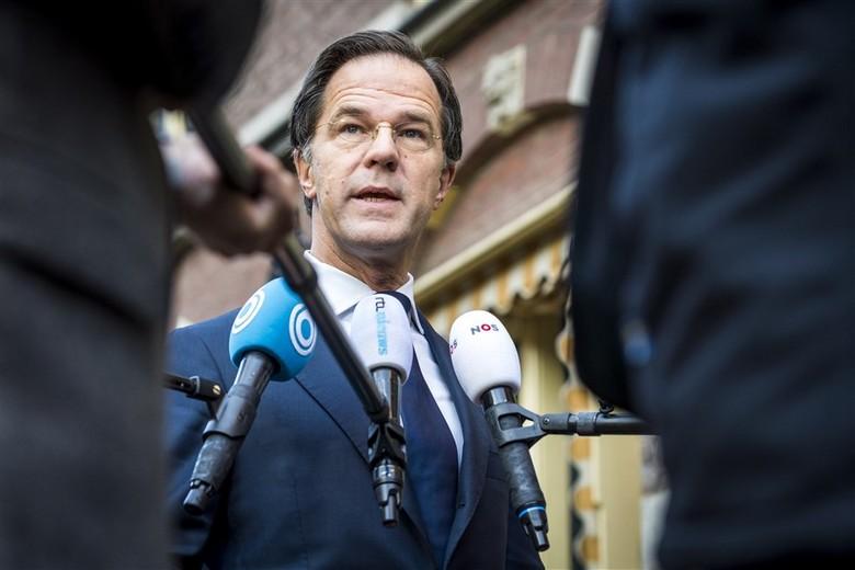 Face aux émeutes survenues dimanche 24 et lundi 25 janvier, le Premier ministre néerlandais Mark Rutte a dénoncé une violence