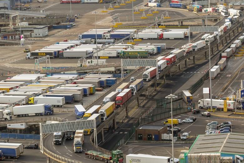 Les nouveaux contrôles administratifs et sanitaires ralentissent les échanges entre le Royaume-Uni et l'Union européenne. Ici, le port de Douvres, l'un des principaux points de passage vers le continent, en janvier 2019