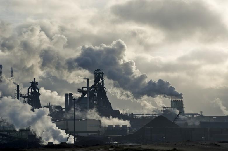 Les importations européennes représentent 20% des émissions de gaz à effet de serre de l'UE. Pour limiter ces dernières, la Commission va proposer un mécanisme d'ajustement carbone aux frontières - Crédits : JacobH / istock