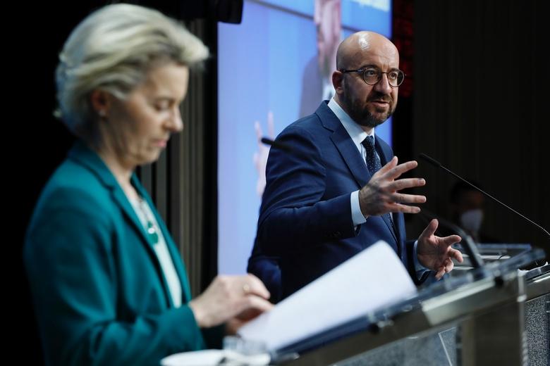 Le président du Conseil, Charles Michel, et la présidente de la Commission, Ursula von der Leyen, ont donné une conférence de presse jeudi 25 mars au soir - Crédits : Conseil européen