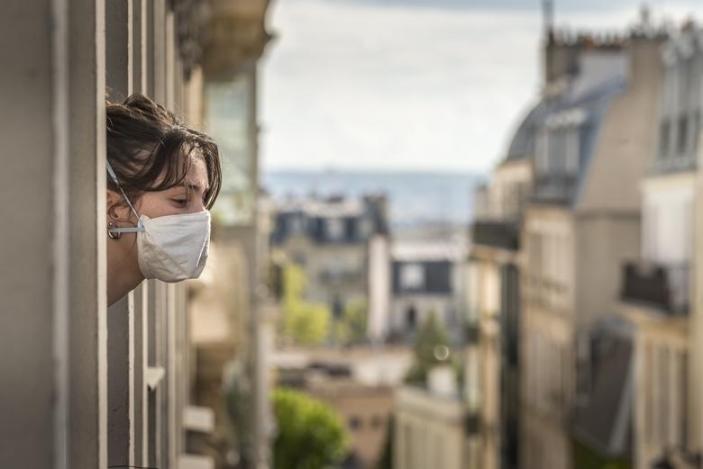 Un an après le début de la pandémie, plusieurs régions françaises, dont l'Ile-de-France, renouent avec le confinement