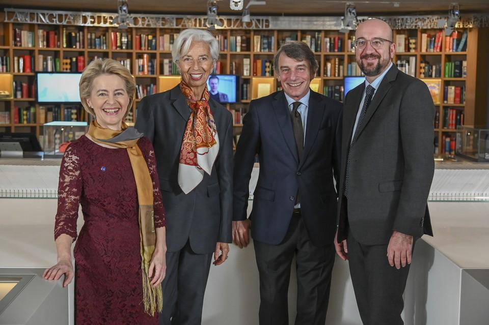 De gauche à droite : Ursula von der Leyen, Christine Lagarde, David Sassoli et Charles Michel
