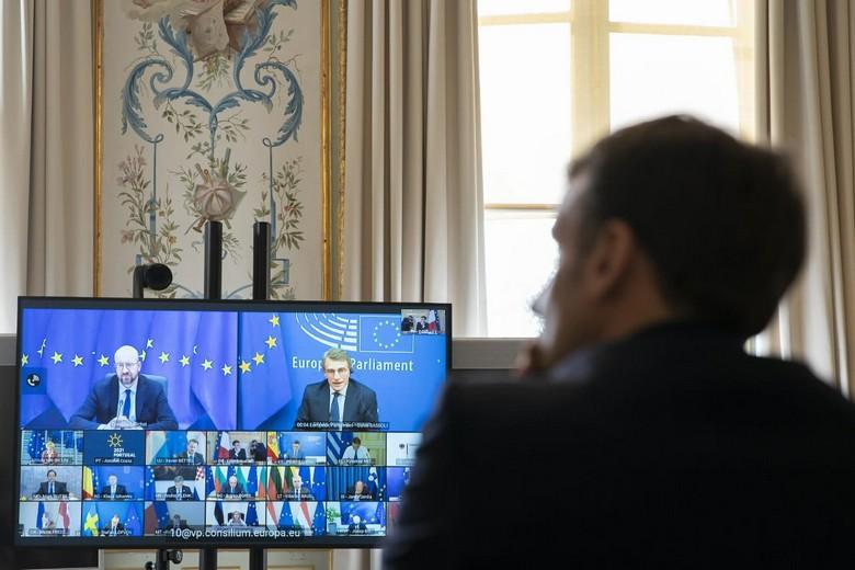 Depuis hier, le président de la République Emmanuel Macron participe à une réunion par visio-conférence en compagnie des membres du Conseil européen