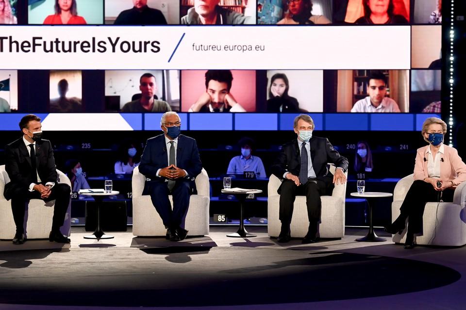 Emmanuel Macron, António Costa, David Sassoli et Ursula von der Leyen, à l'occasion du lancement de la Conférence sur l'avenir de l'Europe le 9 mai à Strasbourg