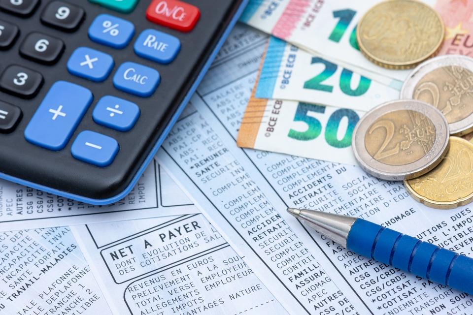 Dans l'UE, 21 Etats sur 27 ont fixé une rémunération minimale au niveau national.