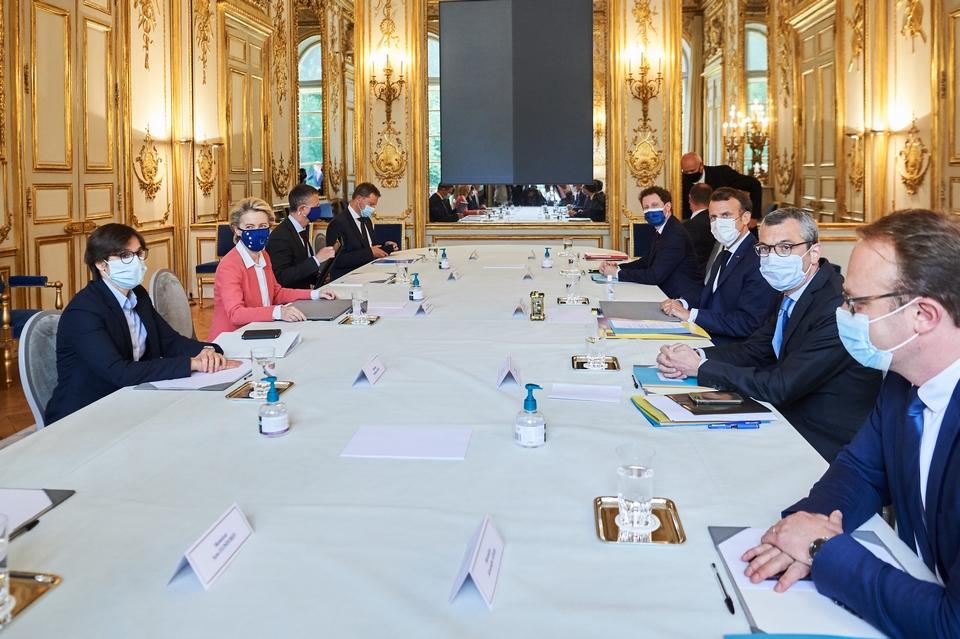 Ursula von der Leyen a rencontré Emmanuel Macron et les membres du gouvernement français