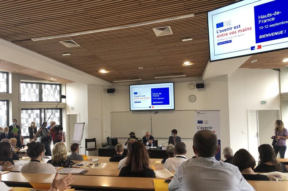 Le secrétaire d'Etat Laurent Pietraszewski a inauguré les trois jours de débat à Lille
