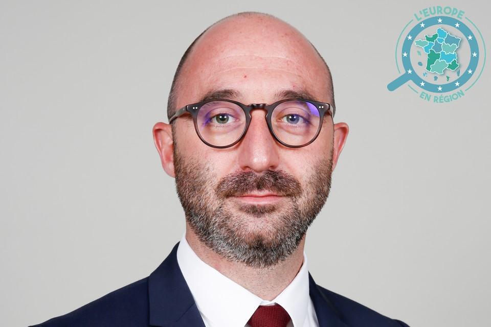 Daniel Leca est le vice-président de la Région Hauts-de-France en charge des universités, de la recherche, de l'innovation et de l'Europe