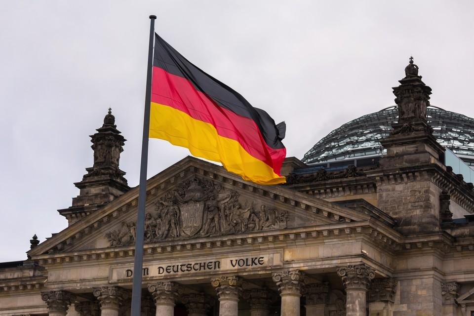 Le palais du Reichstag abrite le Bundestag, chambre basse du Parlement allemand, appelé à être renouvelé lors des élections fédérales - Crédits : Teka77 / iStock