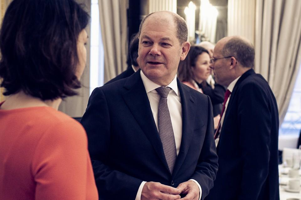 Le candidat social-démocrate Olaf Scholz et la candidate écologiste Annalena Baerbock sont susceptibles de former une coalition dans le prochain gouvernement